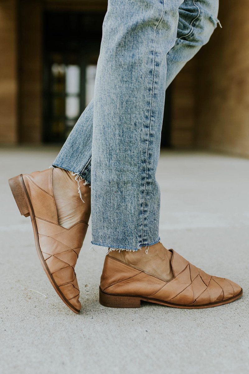 Tan loafers, Casual flat shoes