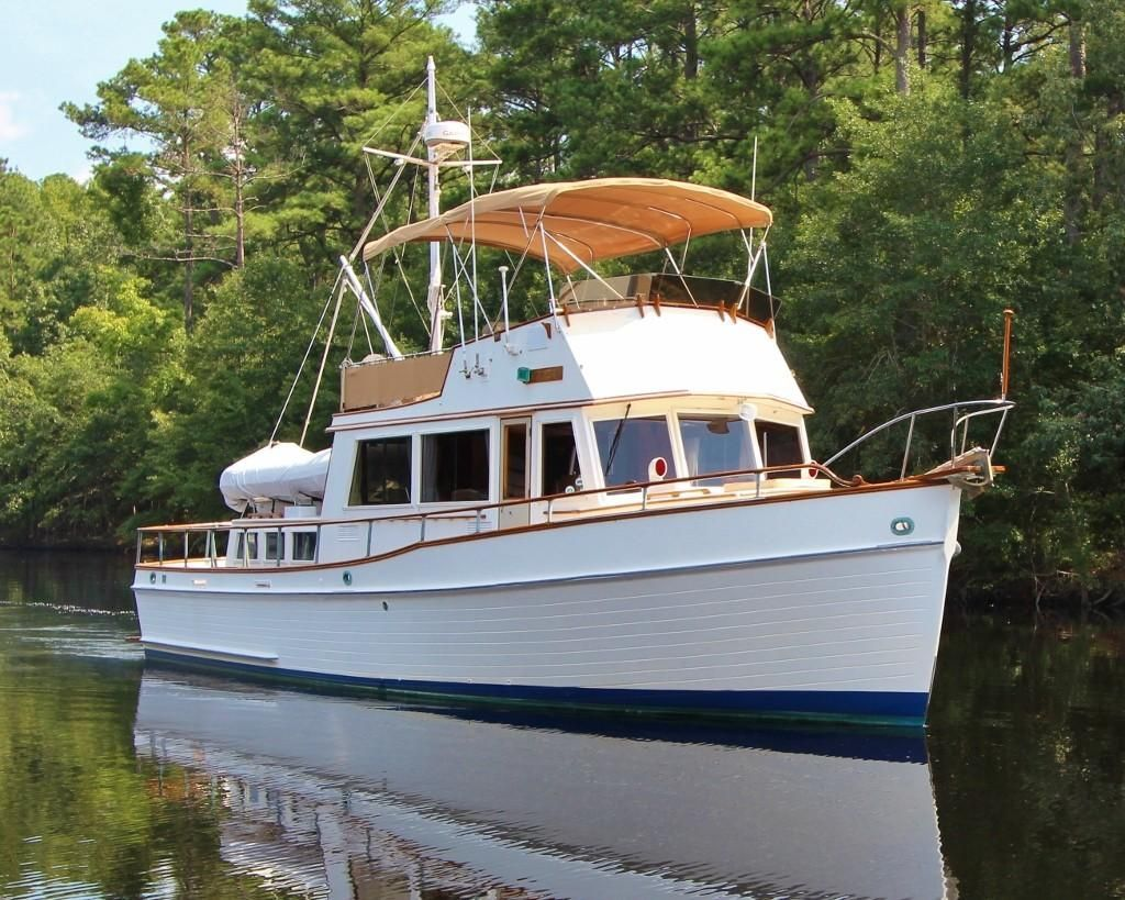1976 Grand Banks 42 Classic Power Boat For Sale Located In Virginia Chesapeake Classic Boats Boat Trawler Boats