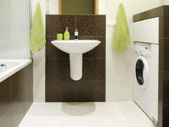 Rodzinna, mała łazienka:... |  Mała łazienka z pralką. Pomysły na modną zabudowę