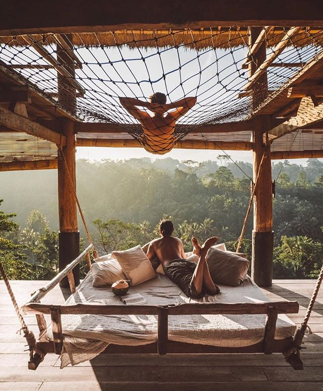 """Best Airbnb on Instagram: """"Monday's plans? Just hanging out"""
