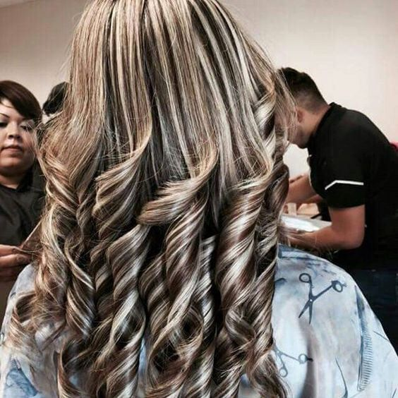 Highlights And Curls Highlighted Streaked Foiled Frosted Hair