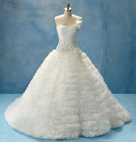 Alfred Angelo Disney Collection -- 2011 Sleeping Beauty, Aurora 203 ...