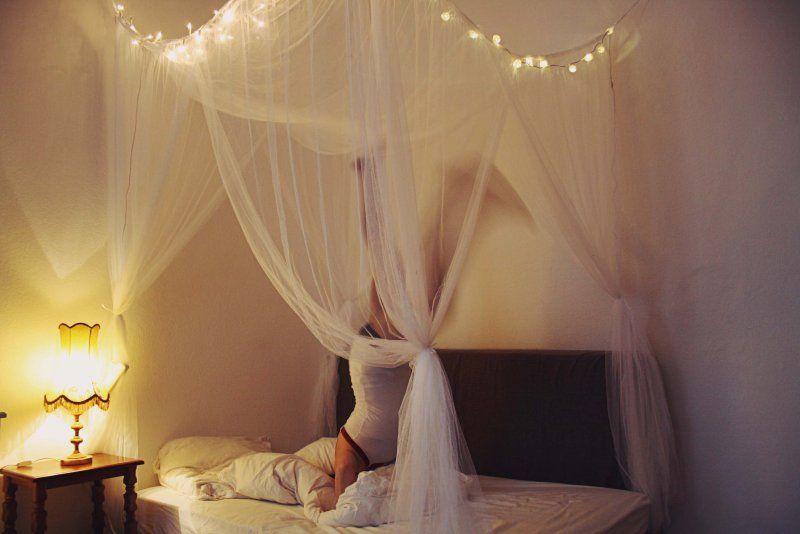 Mein Eigenes Himmelbett Schlafzimmer Lichterkette Bett Und