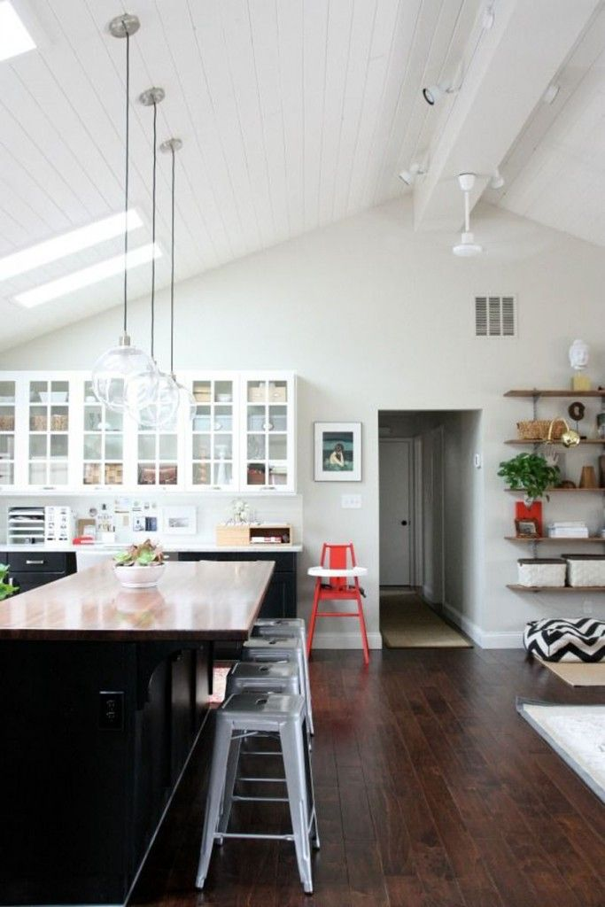 Vaulted Ceilings White Or Wood Vaulted Ceiling Kitchen