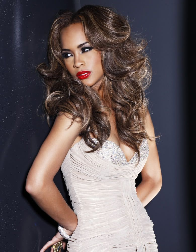 miss kentucky kia hampton posing during her glamshoot by fadil berisha as part of the activities of 2011 miss usa pageant miss usa 2011 the 60th anniversar miss kentucky kia hampton posing
