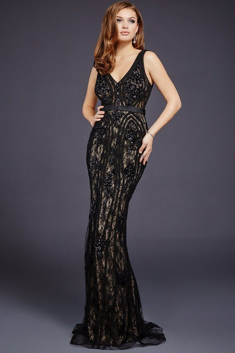 The Best Plus Size Prom Dresses   Classic style, Prom and Real women