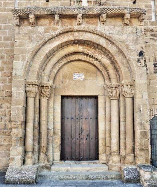 Portada Románica Cristo De Cataláin Olóriz Valle De La Valdorba Navarra Fotos De Románico Romanesque Art Art In Spain Romanesque
