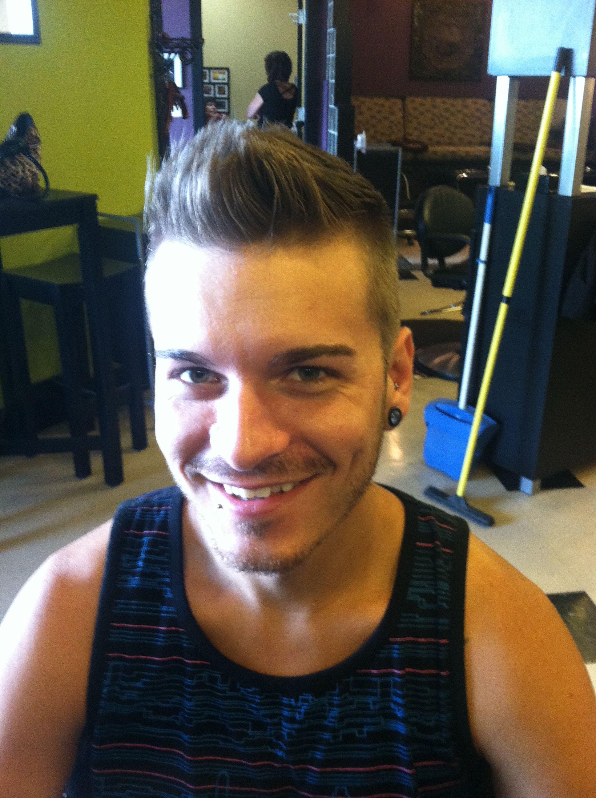 Mens Haircut By Caitlin Kelly Avantgarde Salon And Spa Grand