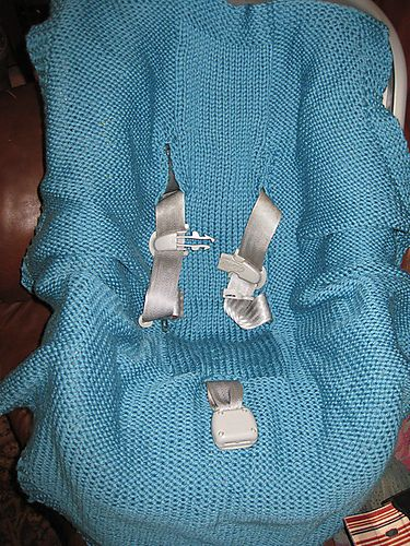 Ravelry Wrap Around Car Seat Blanket Pattern By Lara Muse Need To Find A Crochet Like This