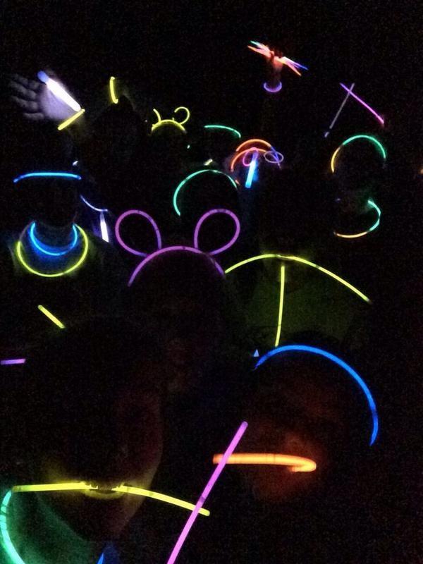 Glow Stick Fun Https Glowproducts Com Us Glowsticks Glow
