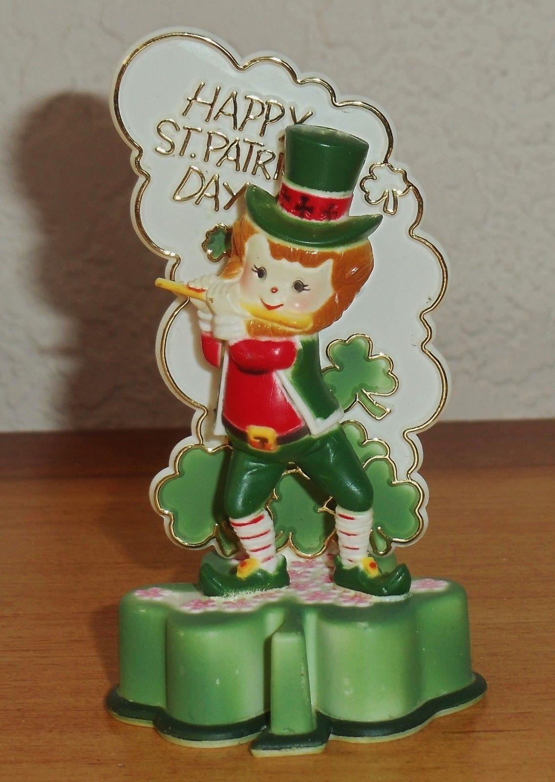 Plastic cake topper Christmas ornaments, Novelty