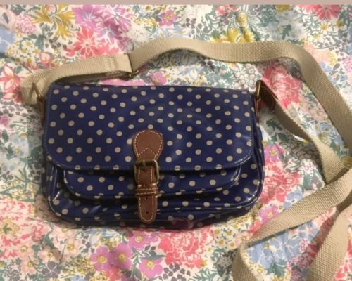 cath kidston bag https://t.co/wLWkGex4iM https://t.co/QdFOQvZeqM