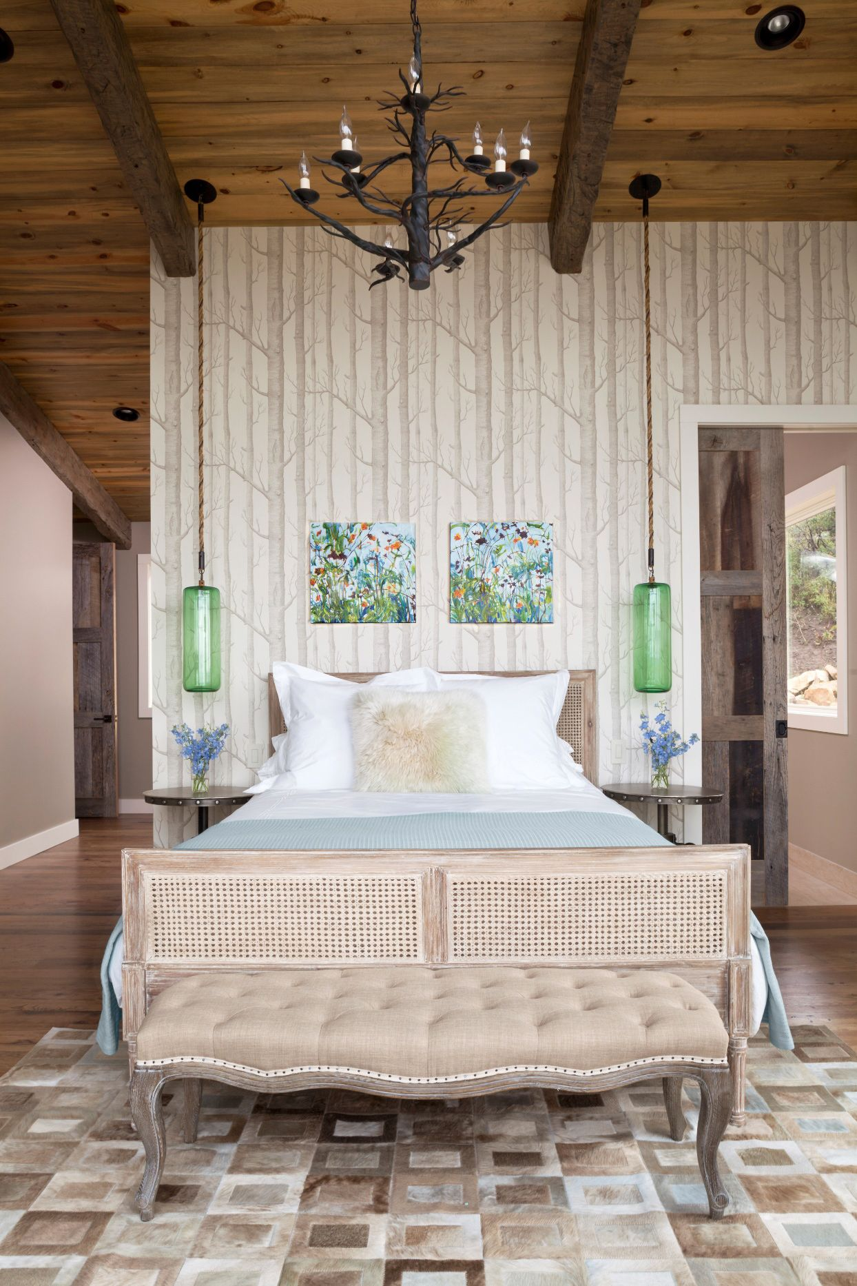 15 Cozy Bedrooms That Nail The Farmhouse Aesthetic Home Farm House Living Room Beautiful Bedrooms