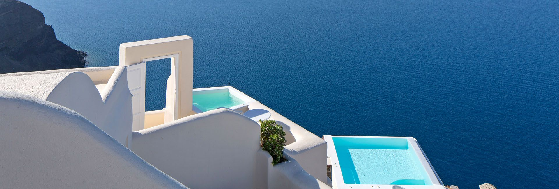 5 Star Hotel In Santorini Canaves Oia Suites Travel Pinterest
