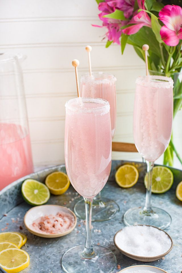 Nothing says classy quite like these gorgeous Pink Lemonade Champagne Margaritas. The perfect champagne cocktail for weddings, showers or girls night out!