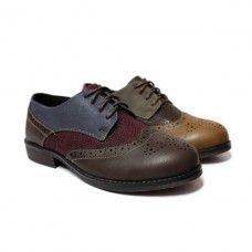 Blucher oxford para niñas. Marca: Gobbs, modelo 8207. Disponible en color burdeos y marrón (26.95€).