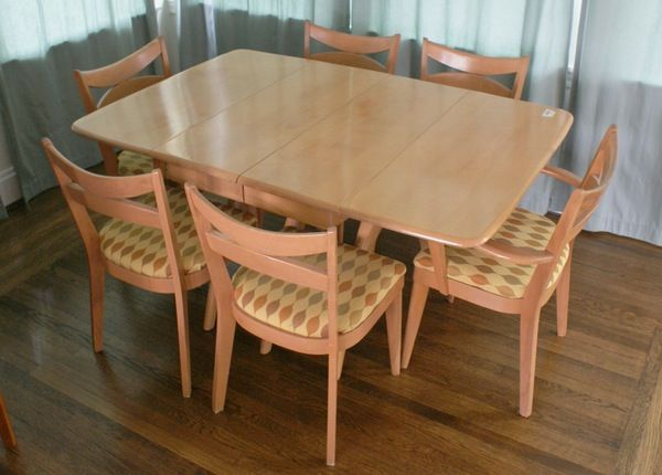 Heywood Wakefield Maple Dining Table And Chairs With Leaves