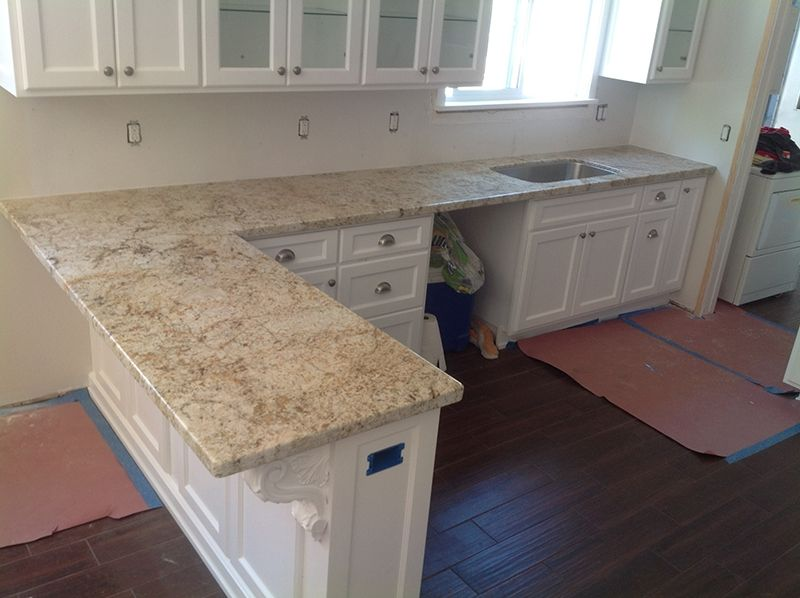 Ordinaire Image Result For Colonial Cream Granite With White Cabinets
