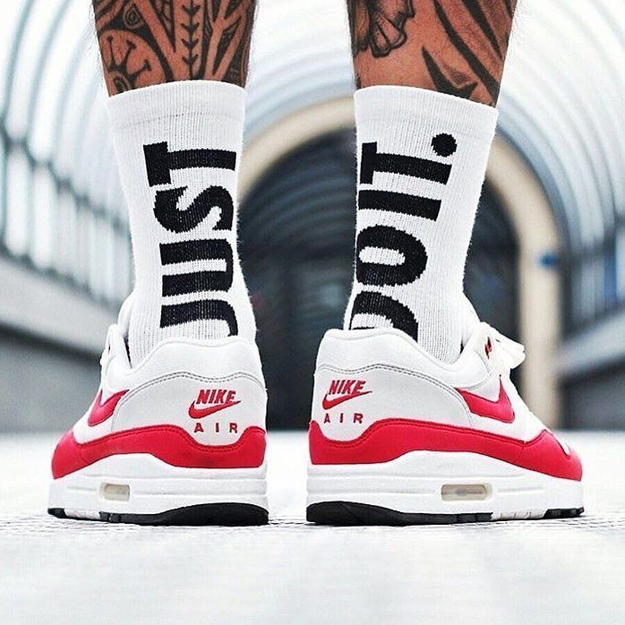 "Maximum Air on Instagram ""Do you have a favorite pair of socks to go with your 1's  📸 @joshjo"" is part of Sneakers men fashion - 1,007 Likes, 10 Comments  Maximum Air (@maximum) on Instagram ""Do you have a favorite pair of socks to go with your 1's  📸 @joshjo"""