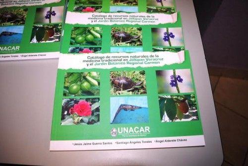 Presentan en la UNACAR catálogo de recursos naturales de la Medicina Tradicional