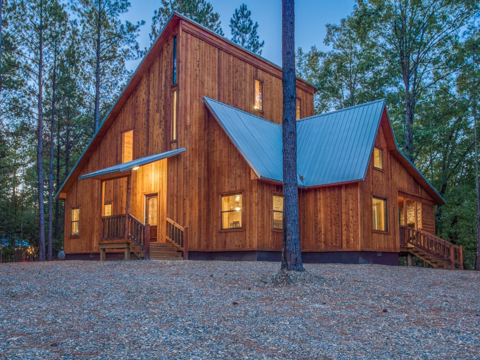 Broken Bow Vacation Cabins Stealin Time 2 Bedroom Accommodates Up To 8 Guest Wifi Hot Tub Pet Friendly Cabin Hot Tub Vacation Cabin Rentals