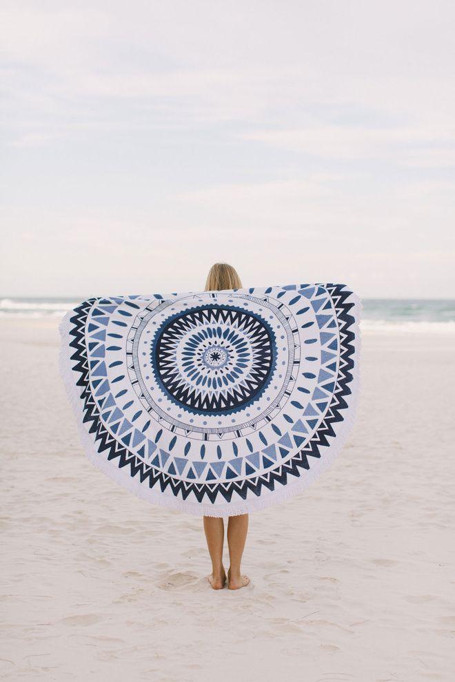 « The Beach People », les essentiels et serviettes de bain venus d'Australie