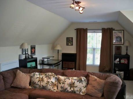 Decorating Bonus Room Above Garage | Bonus room over garage or as ...