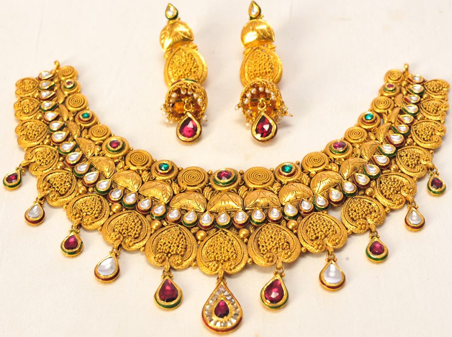 Product Name : GOLD AND STONE COMBINATION Category Name : Weeding ...