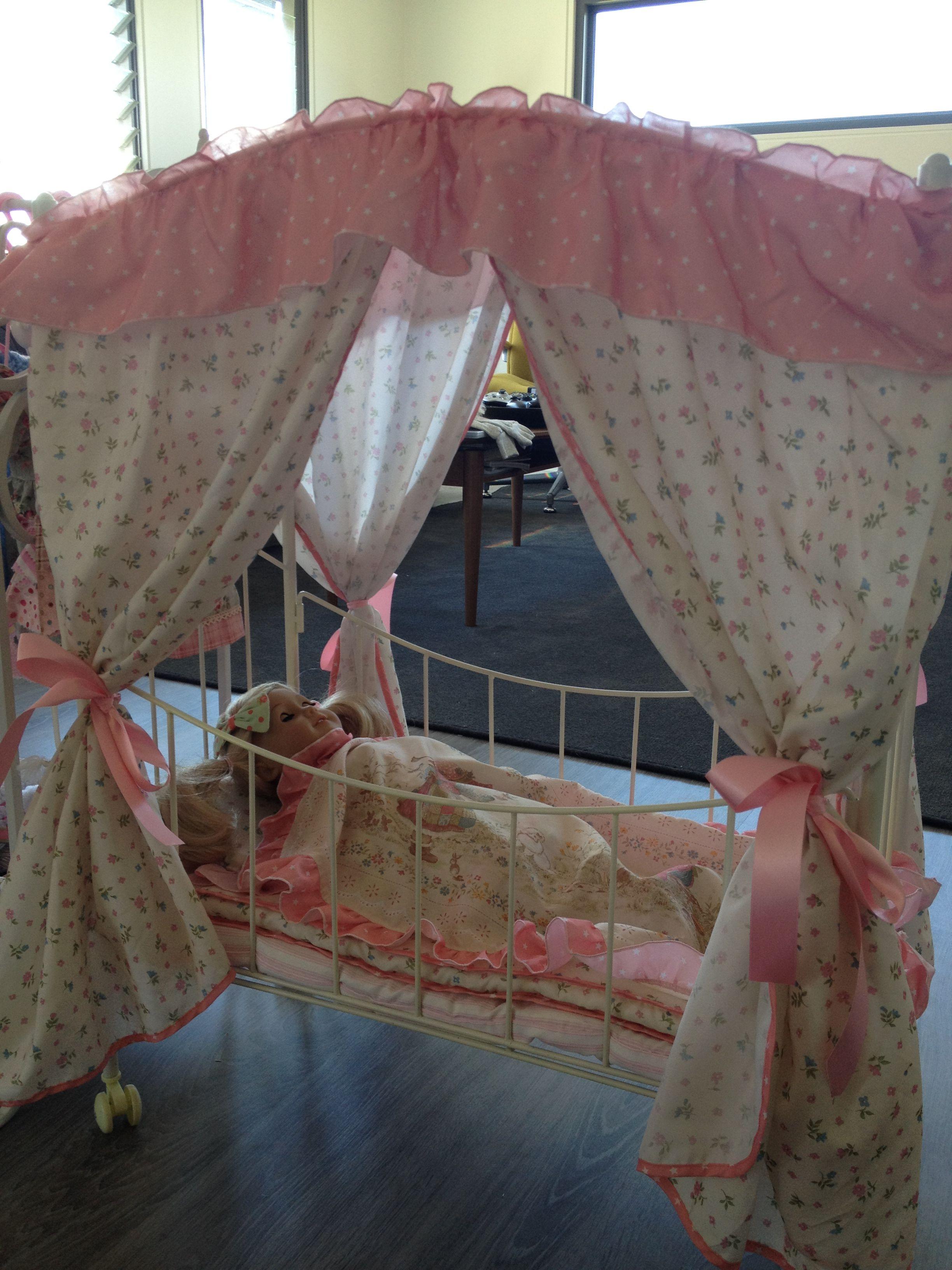 Found this gorgeous vintage holly hobbie canopy bed for my found this gorgeous vintage holly hobbie canopy bed for my daughters american girl doll she reviewsmspy