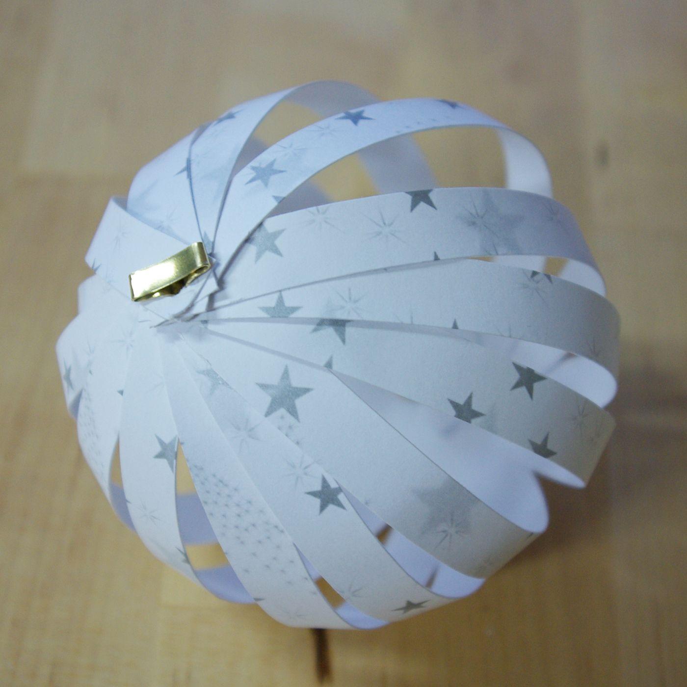 Christbaumkugeln aus papier