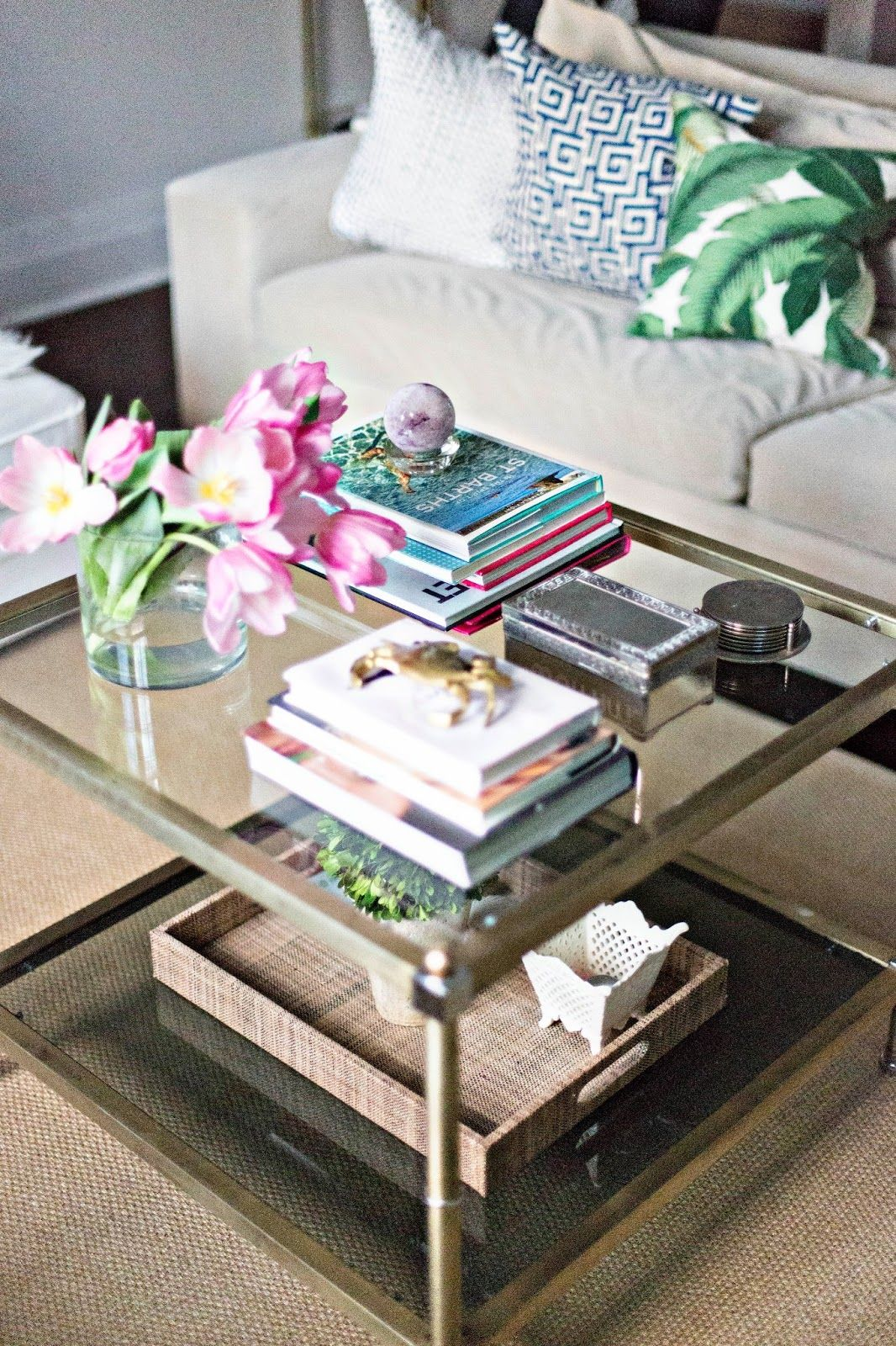 Gracefully Searching Coffee Table Coffee Table Arrangements Coffee Table Vintage [ 1600 x 1066 Pixel ]