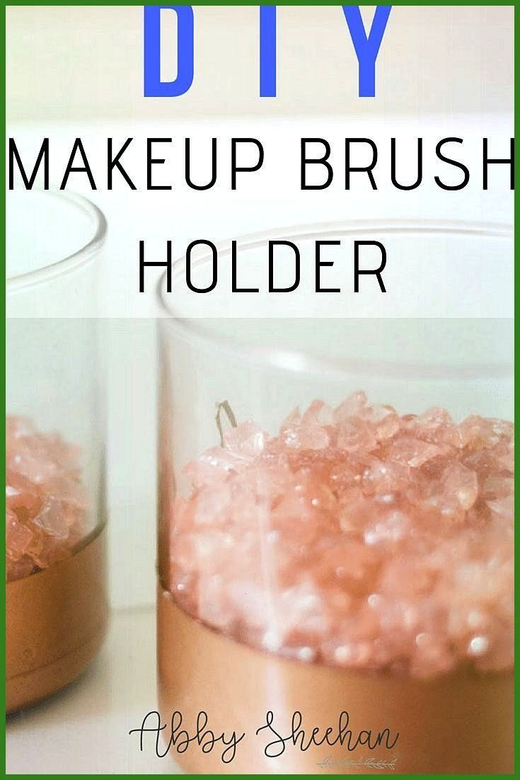 DIY makeup brush holder Create your individual makeup brush hCharismatic DIY makeup brush holder Create your individual makeup brush h Upcycle your favorite tshirt into h...