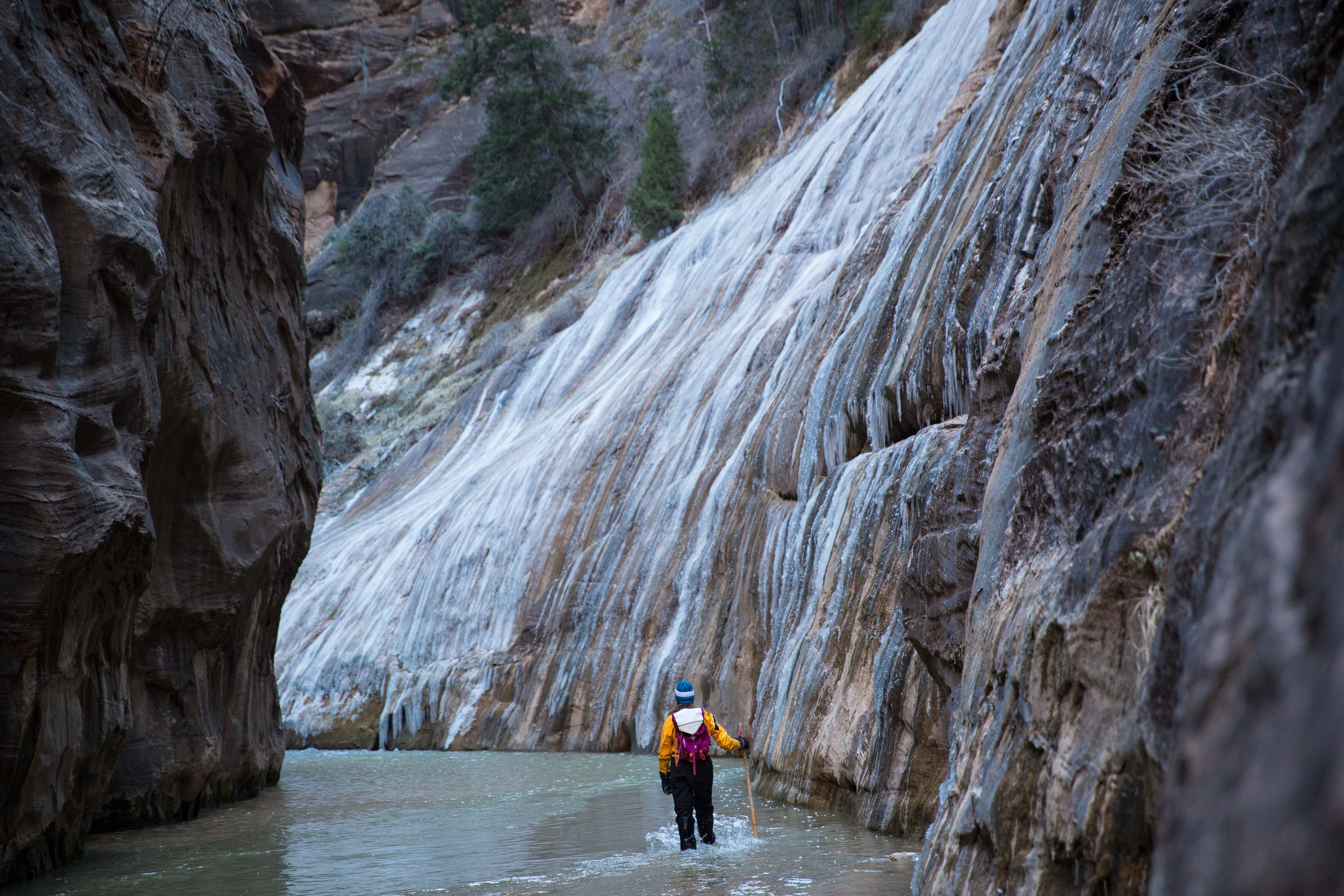 An amateur dirtbag's guide to zion national park in the winter