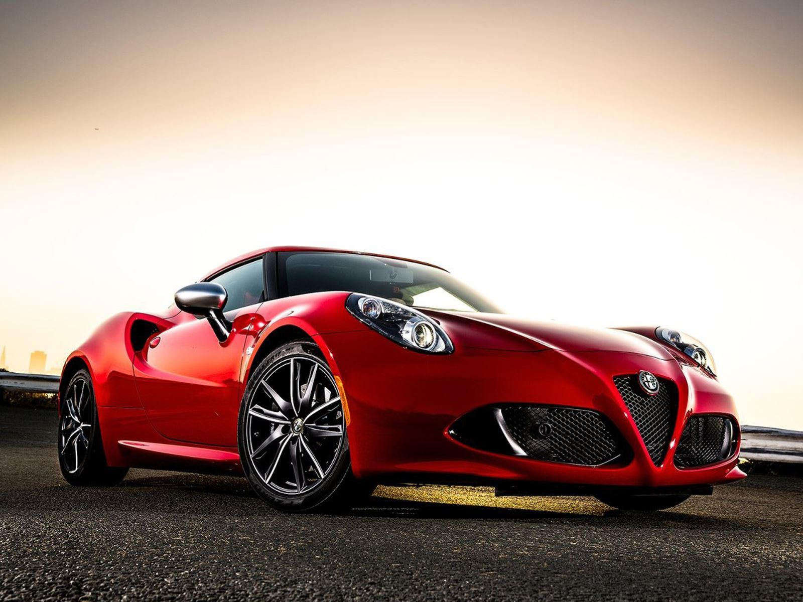 Both 4C coupe and Spider will soldier on overseas. | Alfa