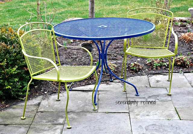Spray painted brightly colored Wrought Iron Patio furniture makeover     Spray painted brightly colored Wrought Iron Patio furniture makeover