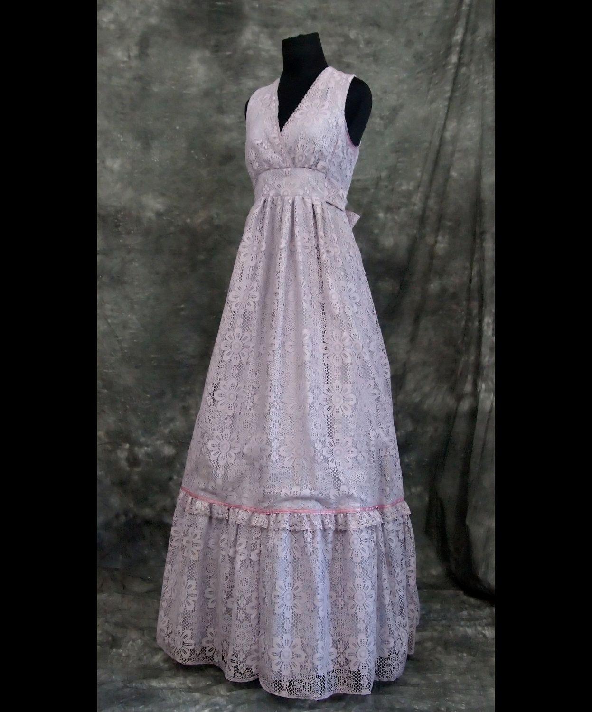 Violet Vintage Prom Dress S 70s 75 00 Via Etsy Prom Dresses Vintage Prom Dresses Lace Prom Dresses [ 1500 x 1247 Pixel ]