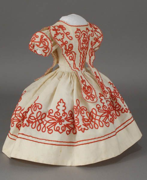 Dress for an Huret doll.