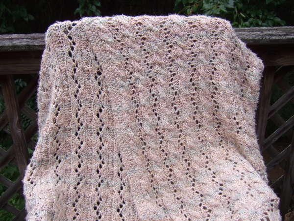 Reversible Cable and Lace Afghan | Tejido