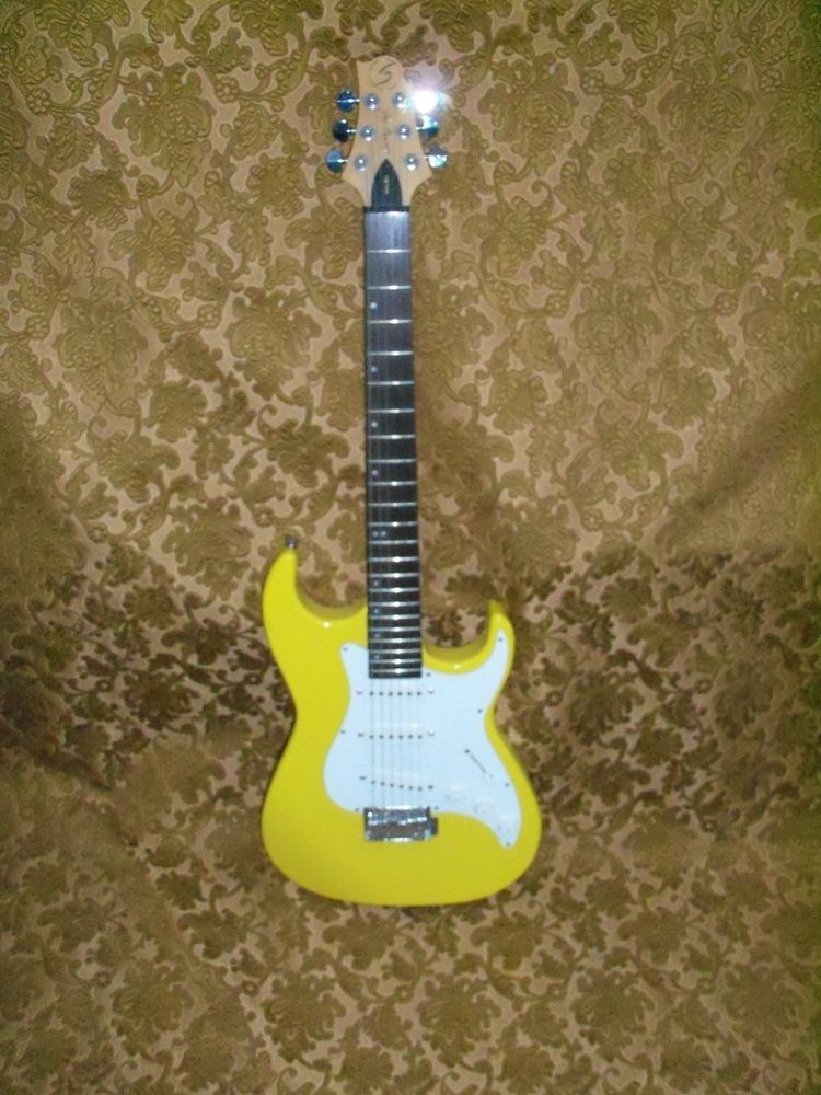 Greg Bennett Design Samick Malbu electric guitar yellow single coil pickups #Samick