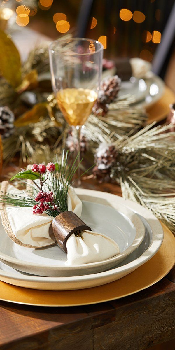 Get your table ready for the perfect Christmas feast with gorgeous dinnerware that's bost festive and elegant. At Overstock you'll find a huge selection of stunning dinnerware essentials to serve and enjoy an amazing holiday meal, at incredible low prices. Plus, from now on EVERYTHING Ships Free!* #dinnerware #holiday #homegoods #overstock