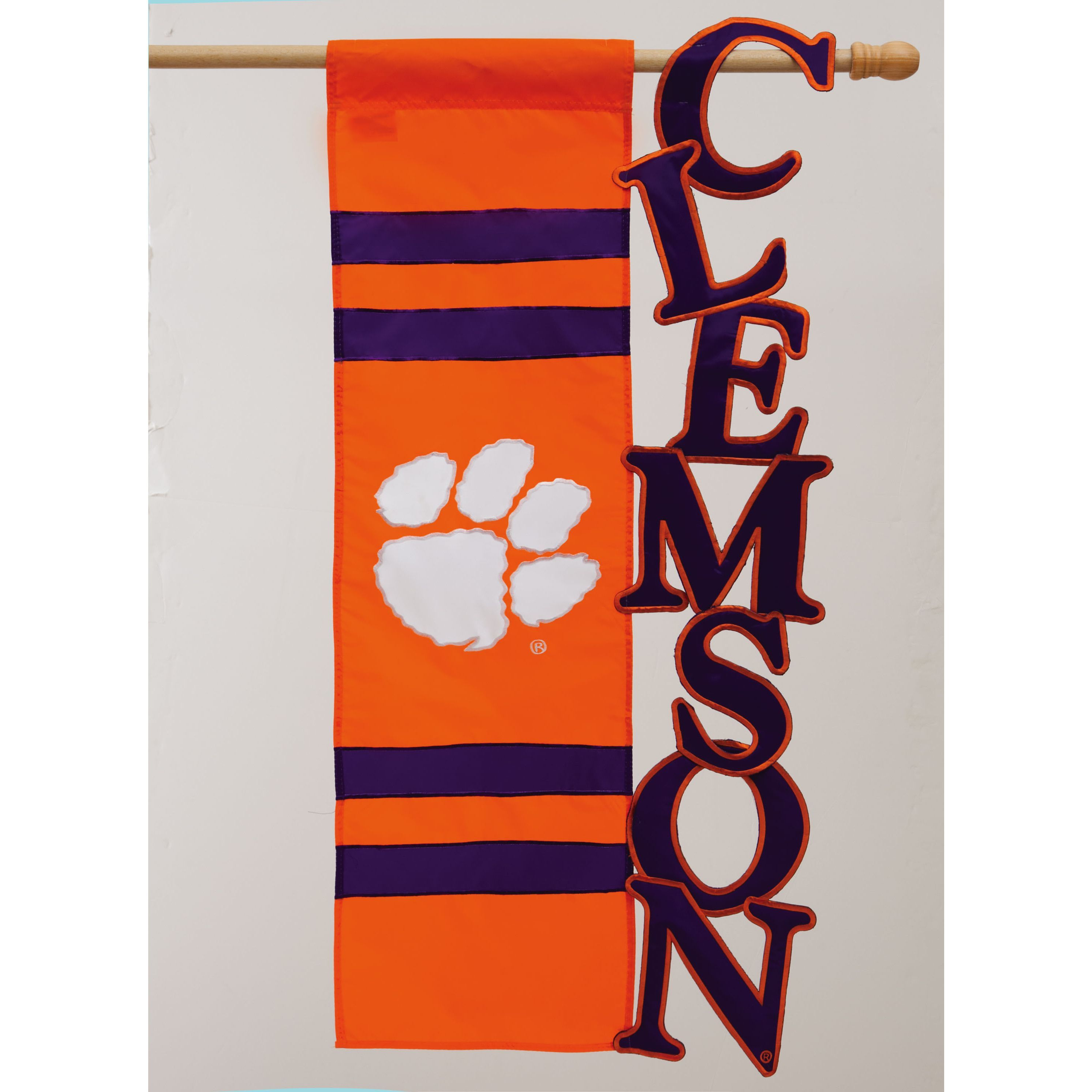 Show your Clemson University Tigers pride with this flag that displays the officially licensed Tigers logo and detailed applique stitching. With its nylon fabric construction, this weather-resistant f