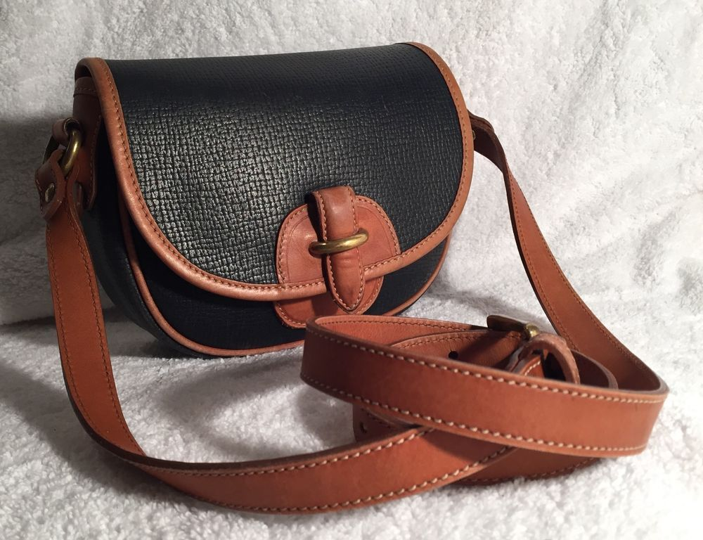 a833b46152c6 Vintage Coach Sheridan Cassidy Mini Bag