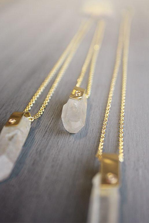 Bergskristall spets - Halsband guld  f5debe161d038