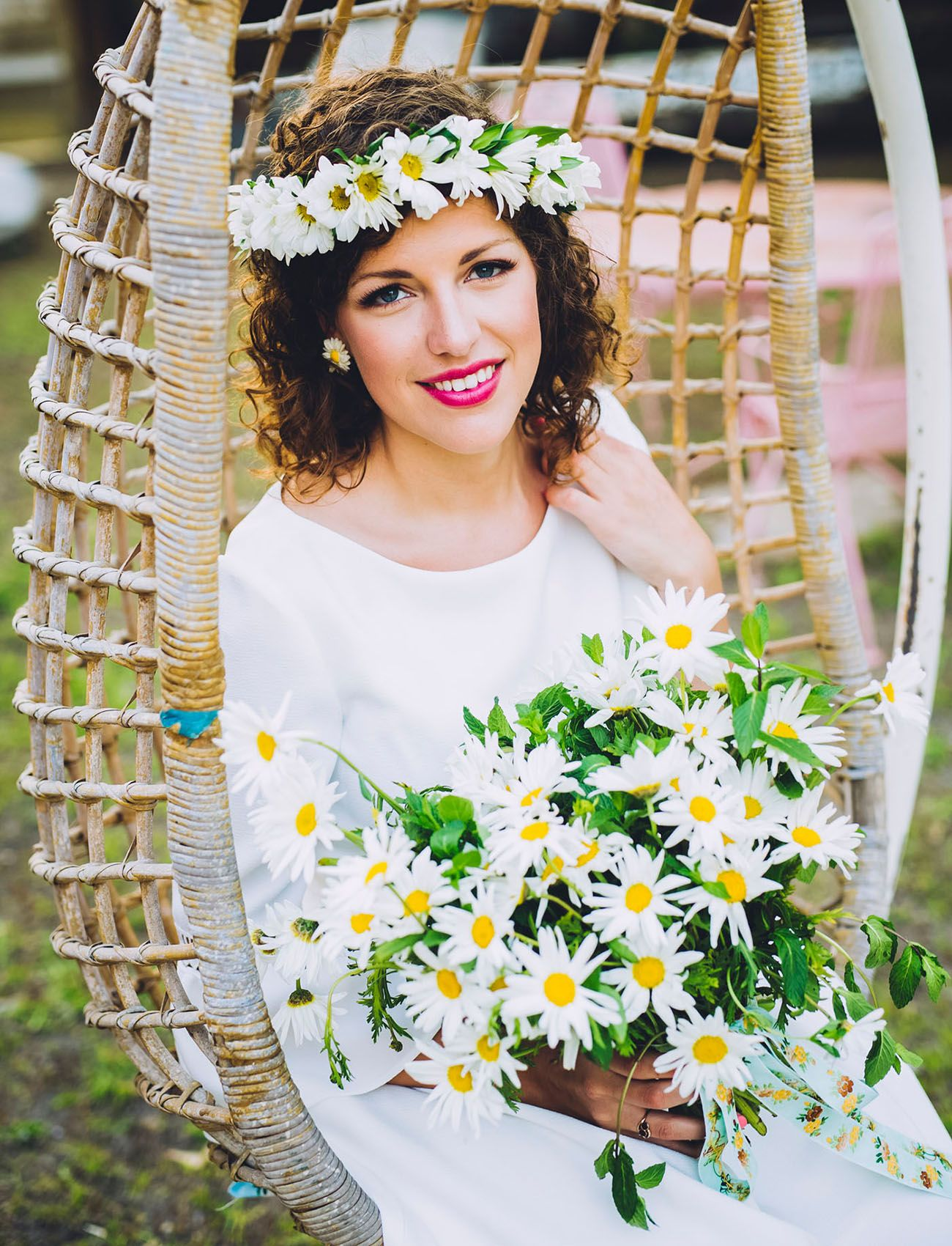 A Year Of Flowers Daisy Flower Flowers And Green Weddings