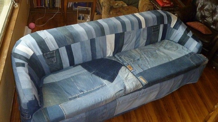 Blue jean sofa denim sofa slipcover blue jean beautiful for Sofa upcycling