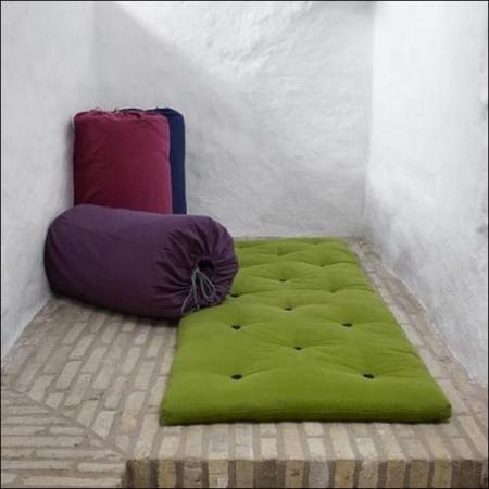 matelas pour futons pliable futon d 39 invit 100 coton pliable gagner de la place avec ce. Black Bedroom Furniture Sets. Home Design Ideas