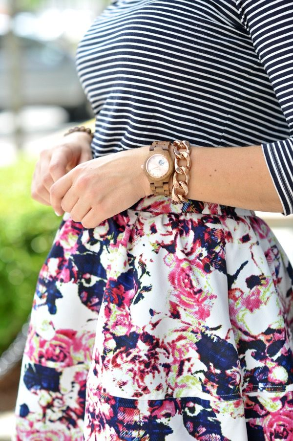 striped tee and floral skirt outfit ideas Floral Rose gold