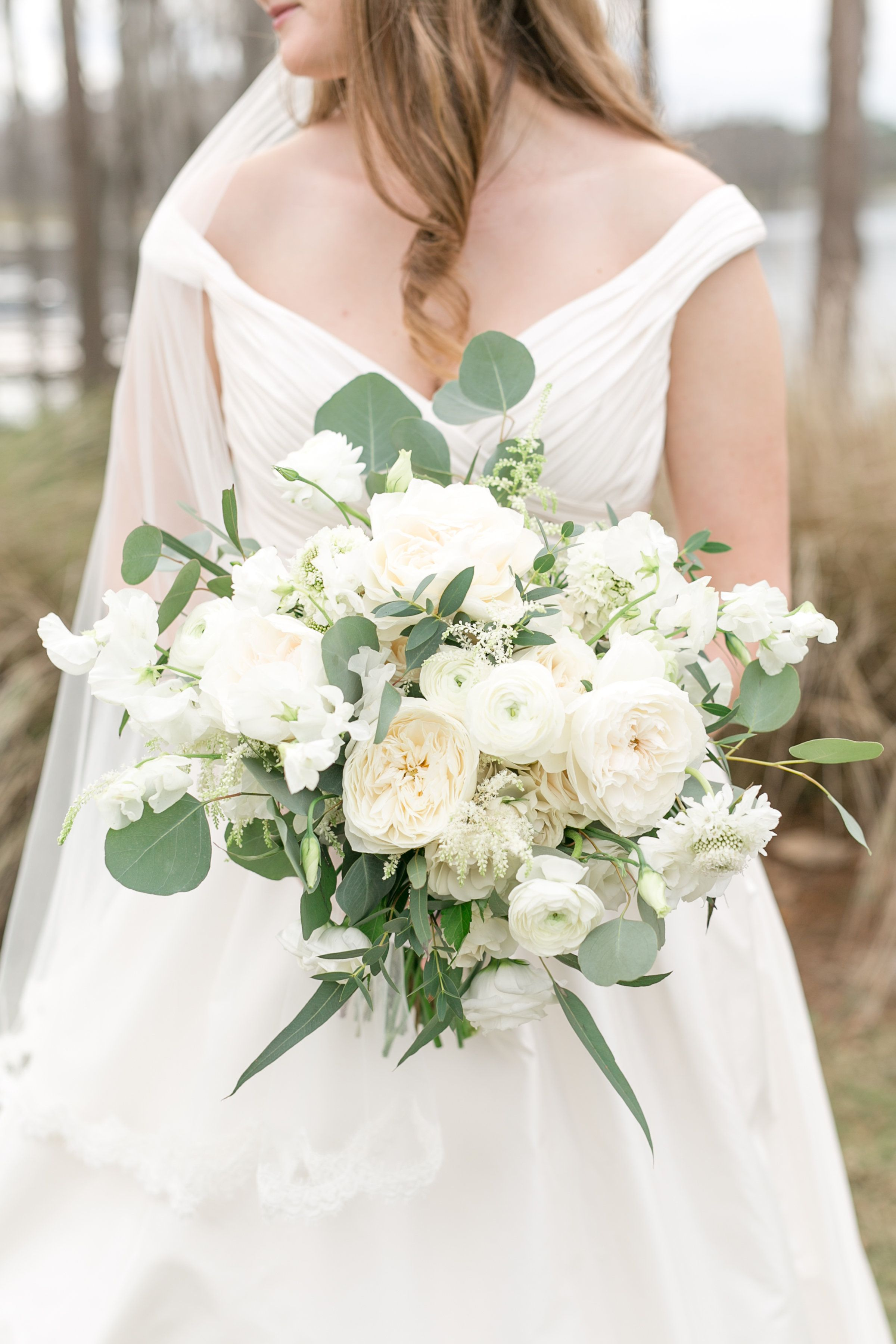 Lush Loose And Elegant Bridal Bouquet In Classic White Flowers Of