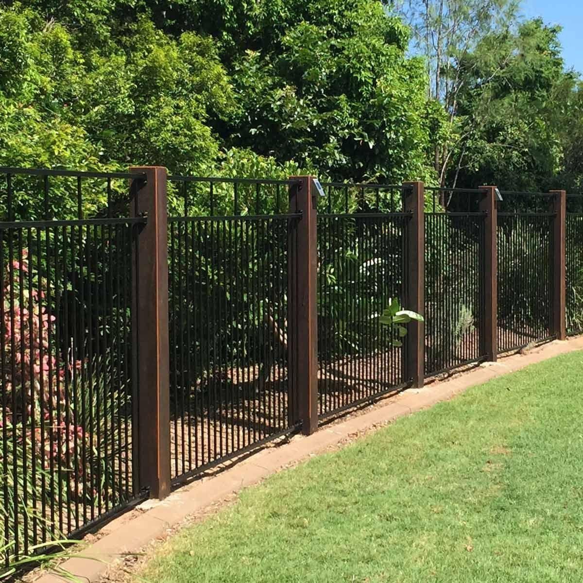 10 Modern Yard Fencing Ideas Modern Design In 2020 Backyard Fences Modern Fence Fence Design