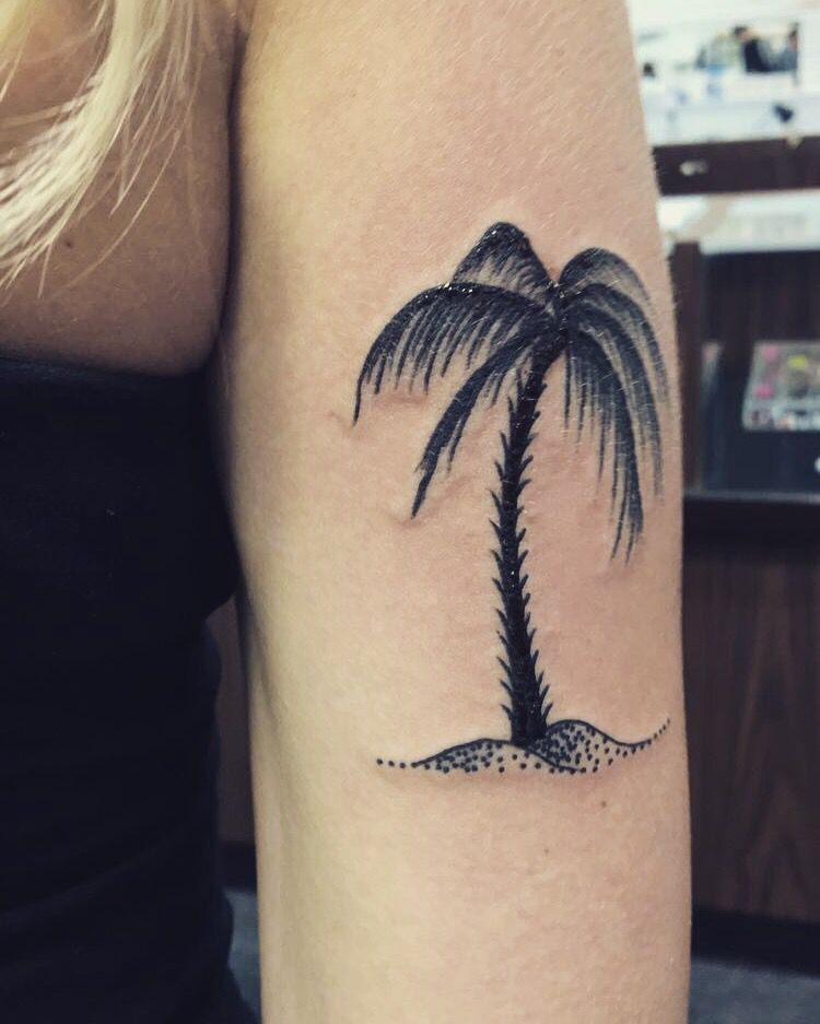 Palm tree tattoo | Tattoos I want ! | Tattoos, Baby ...